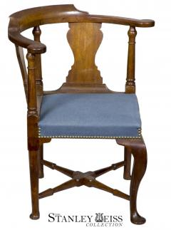 An Early Queen Anne Walnut Corner Chair Massachusetts c 1750 - 21764