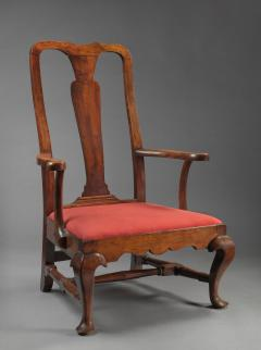 Rare and Important Queen Anne Slipper Armchair - 30460
