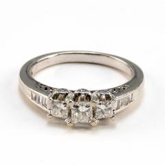 14K White Gold and Diamond Ring - 1517044