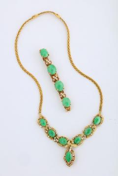18 Karat Gold Diamonds and Chinese Jade Necklace and Bracelet Set - 936536