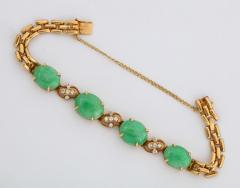18 Karat Gold Diamonds and Chinese Jade Necklace and Bracelet Set - 936545