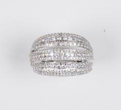 18 Karat White Gold and Brilliant Diamond Ring 1 95 Carat - 964221