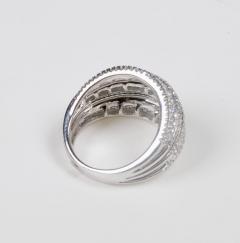 18 Karat White Gold and Brilliant Diamond Ring 1 95 Carat - 964230