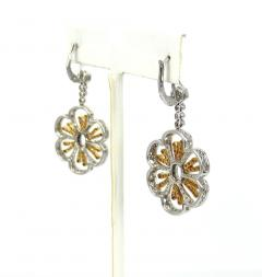 18KT TWO TONE GOLD DIAMOND HANGING FLORAL MOTIF EARRINGS - 1092686