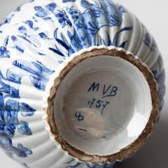 18TH CENTURY DELFT VASE CONVERTED TO A LAMP - 1834797