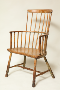 18th Century English Comb Back Windsor Armchair   293343