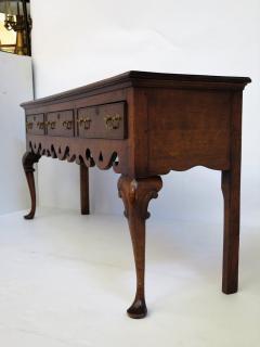 18th Century Georgian Dresser Base - 1914389