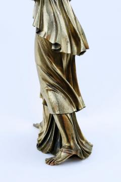 18th Century Neoclassical Bronze Dor Sculpture of a Woman - 1708332