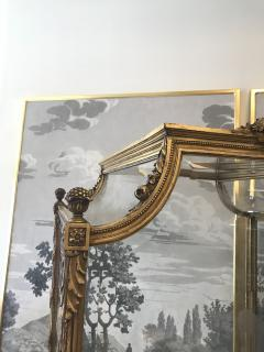 19 Century Italian Showcase with Mirror Base - 575798