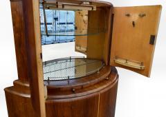 1930s Art Deco English Drinks Cabinet In Walnut - 1032066