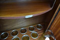 1930s Art Deco English Drinks Cabinet In Walnut - 1032067