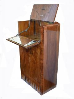 1930s Art Deco Fitted Walnut Cocktail Cabinet - 962028