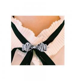 1930s Art Deco Platinum French Onyx Diamond Tuxedo Bow Shaped Brooch Pin Pendant - 1098200