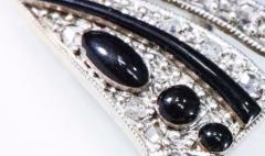 1930s Art Deco Platinum French Onyx Diamond Tuxedo Bow Shaped Brooch Pin Pendant - 1098209