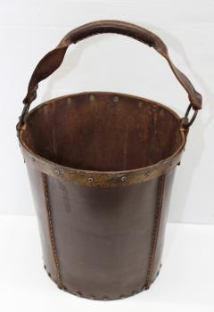 1940s Leather Waste Basket From Spain - 1689416