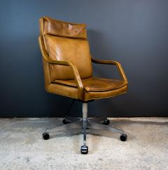 1970s Italian Office Chair in Cognac Leather Cherry Wood - 2147751