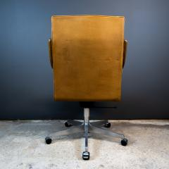 1970s Italian Office Chair in Cognac Leather Cherry Wood - 2147759