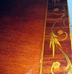 19th Century English Hepplewhite Mahogany Bow Front Sideboard Server - 990297
