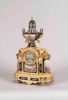 19th Century French Louis XVI Clock Garniture with S vres Porcelain and Ormolu - 618383