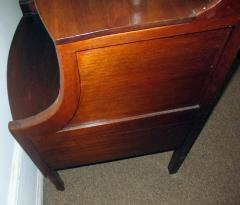19th Century Georgian Mahogany Bowfront Bedside Table Commode - 996300