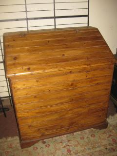 19th Century Primitive Pine Slant Top Wood Box - 890584