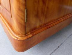 19th Century Tall Maple Biedermeier Dresser - 1122041