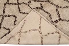 21st Century Modern Moroccan Beige Wool Rug - 1538605