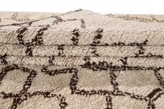 21st Century Modern Moroccan Beige Wool Rug - 1538610