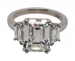 4 11 ct emerald cut diamond ring - 1689157