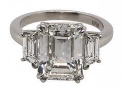 4 11 ct emerald cut diamond ring - 1689158