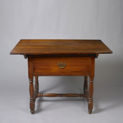 Queen Anne Tavern Table c 1730 50 - 6555