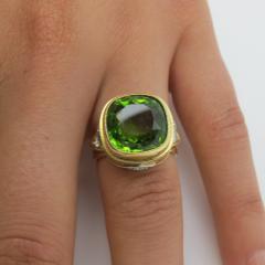 8 15 Carat Peridot and Diamond 18 Karat Yellow Gold Ring - 1099768