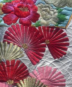 A Beautiful Embroidered Vintage Japanese Ceremonial Kimono - 426096