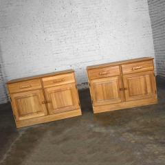 A Brandt Ranch Oak Furniture vintage ranch oak pair of small credenzas or buffet cabinets - 1938967