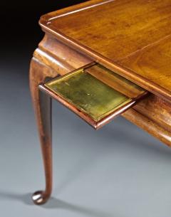 A Distinctive 18th Century English Tea Table - 554460