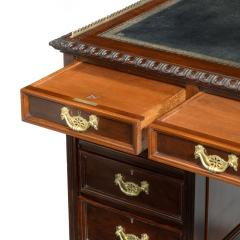 A Fine Quality Late Victorian Mahogany Pedestal Desk - 1481144