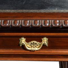A Fine Quality Late Victorian Mahogany Pedestal Desk - 1481150