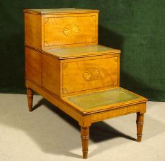 A Fine Set of George III Satinwood Bedsteps - 1074256