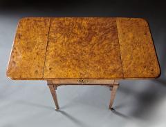 A Fine and Unusual Burl Elm Georgian Pembroke Table - 588718
