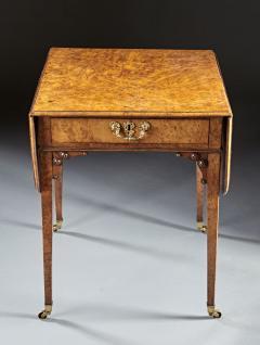 A Fine and Unusual Burl Elm Georgian Pembroke Table - 588719