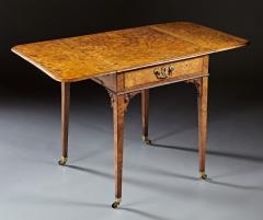 A Fine and Unusual Burl Elm Georgian Pembroke Table - 588724