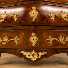 A French 18th C marble top and brass mounts chest of drawers - 2129063