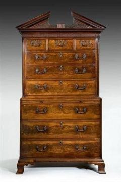 A George III mahogany tallboy - 780917