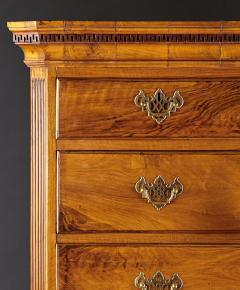 A Georgian Figural Walnut Chest on Chest - 588999