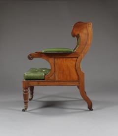 A Handsome Regency Mahogany Winged Library Chair - 1067003