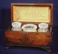 A Large William IV Rosewood Tea Caddy - 883413
