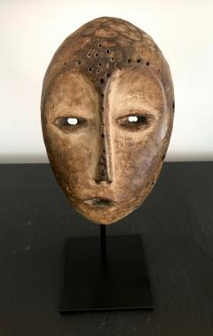 A Lega Bwami Society Mask With Provenance - 886286
