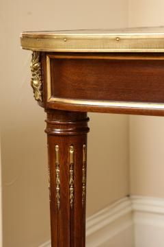 A Louis XVI Style Dining Table - 1060303