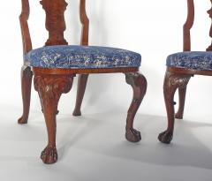 A Pair of American Walnut Side Chairs - 1177847