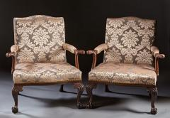 A Pair of Chippendale Gainsborough Chairs - 554414